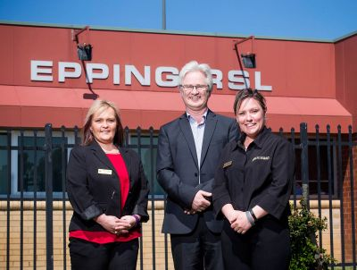 Venue support worker Stuart Barton with Narelle Hart (left) and Brooke Vangeli (right) from Epping RSL, photo: Paul Jeffers